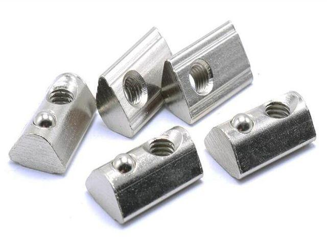 M5 fém T-félhenger-horonyanya (20 Series) [4db/pack]