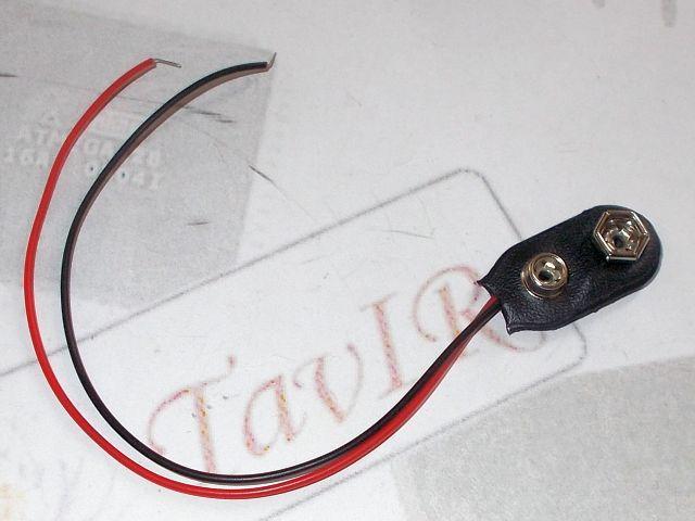 9V elem/akkucsatlakozó kábellel