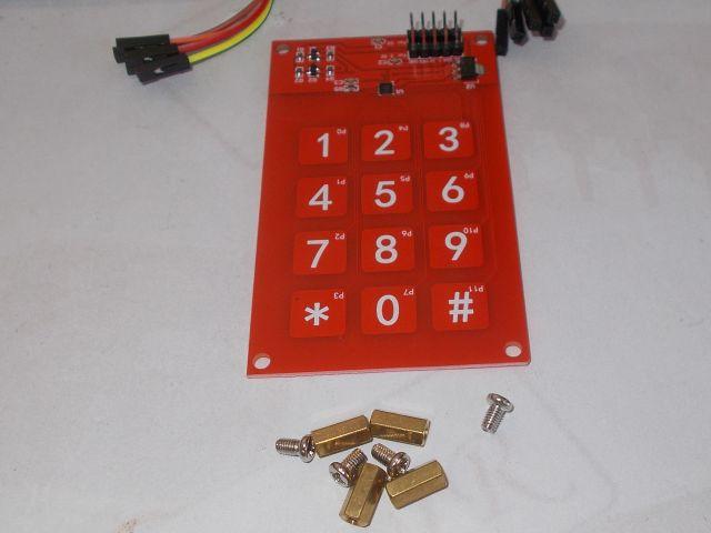 3x4 kapacitív érintőbillentyűzet (3x4 touch; MPR121)