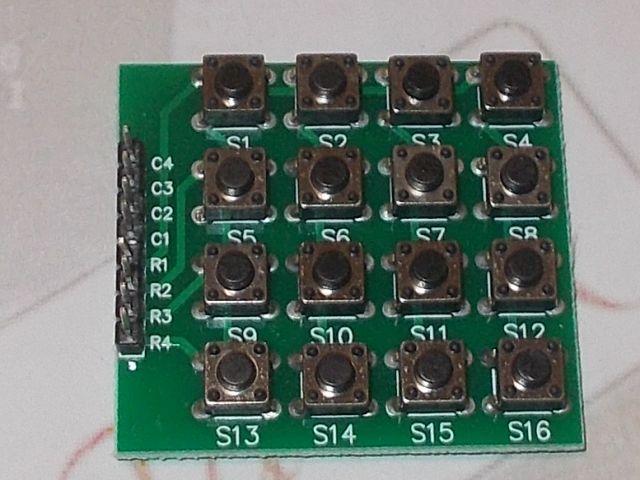 4x4 billentyűzetmátrix (gomb)
