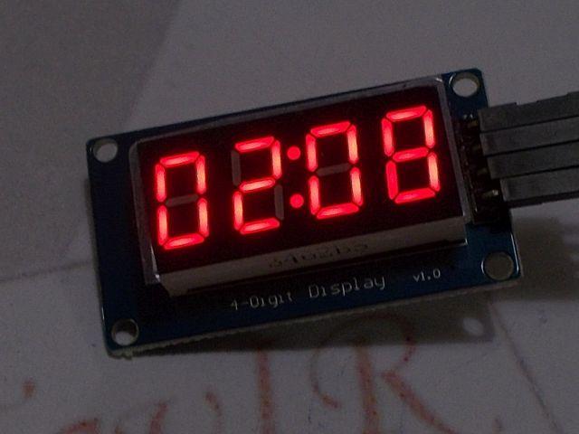 4x 7szegmens LED (TM1637 vezérlő)