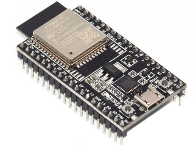 NodeMCU ESP32 / NodeMCU32 (ESP32-WROOM-32D, CP2102)