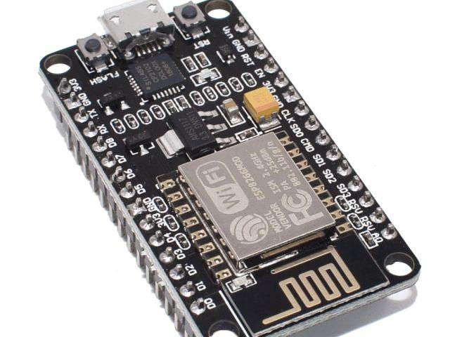 NodeMCU (ESP-12E/ESP8266; V2 (keskeny modul); CP2102)