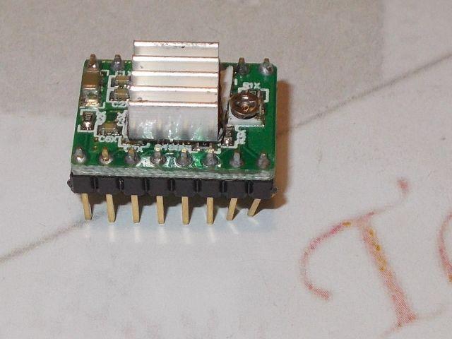 A4988 stepper vezérlő modul (hűtőbordával) [2A@8..35V]