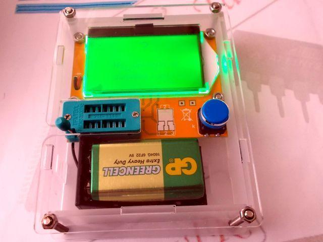 Univerzális félvezető-teszter (LCR-T4, akril dobozzal)