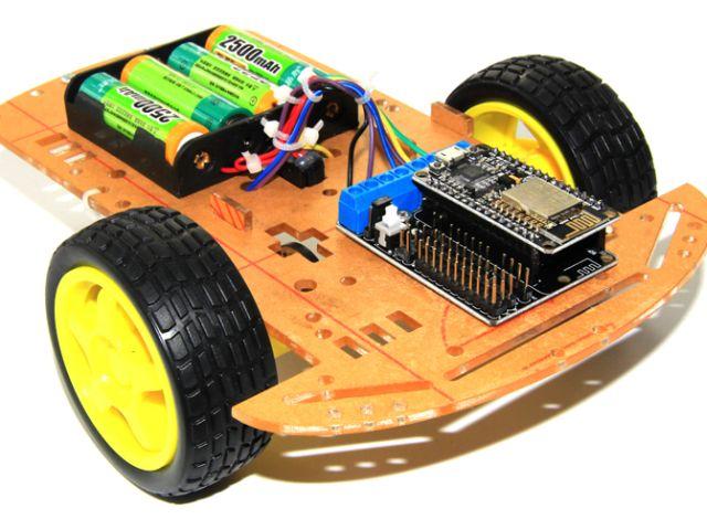 WifiCar (NODEMCU/ESP12E, Motorshield, 2WD váz)