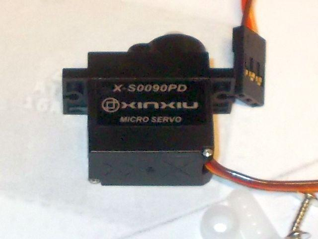 Mini servomotor (DM-S0090D - körbeforgó)