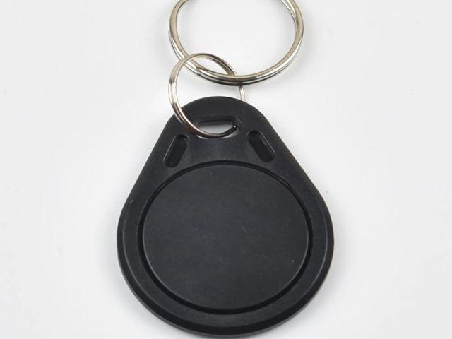 S50/Mifare (1k) fekete RFID kulcstartó