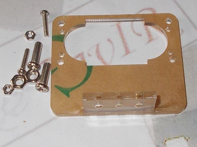 Tartóelem ultrahangos szenzor (90 fok, átlátszó [US-100/US-015])