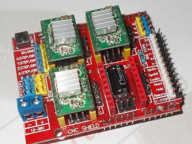 CNC shield 3.0 (GRBL vezérelt) + 3x motorvezérlő